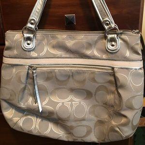 Authentic coach large purse/ tote